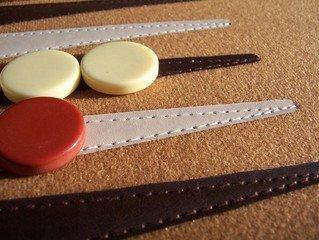 Backgammon er populært